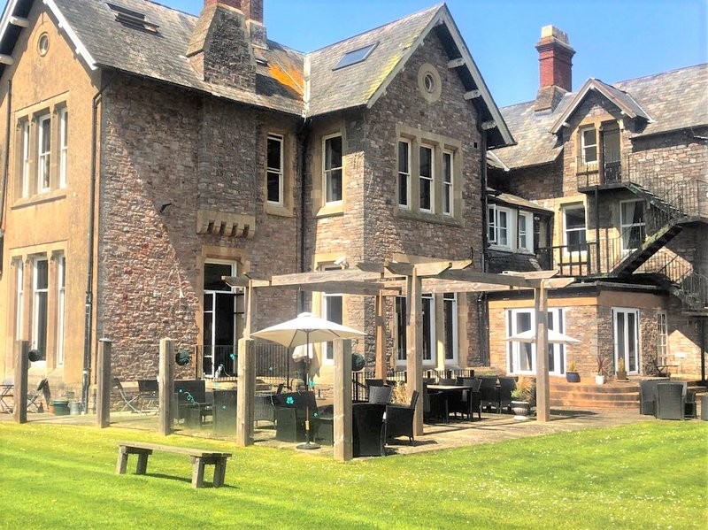 The Manor House - A gem not to be missed!, holiday rental in Culmstock
