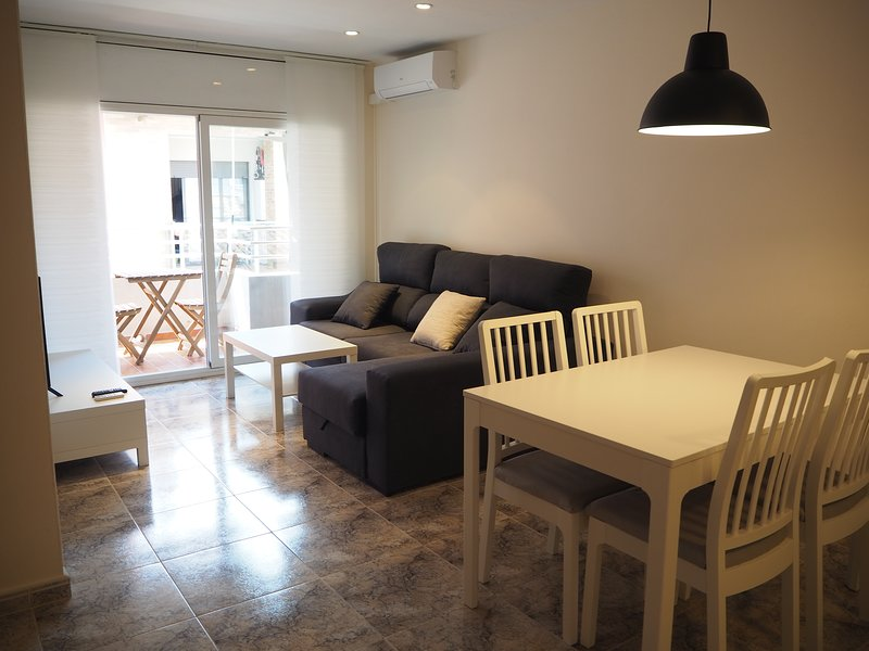Pis Girona centre, 2Hab i Wi Fi, vacation rental in Sant Gregori