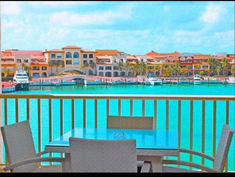 Luxury Cap Cana Condo! Prime Location & Concierge, holiday rental in Cap Cana