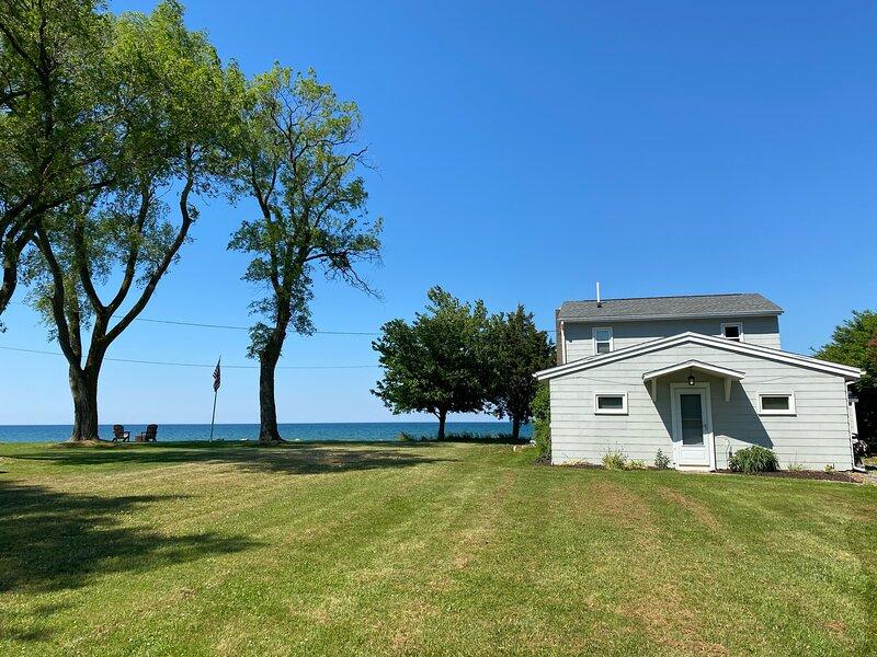 Lake Ontario Waterfront home close to Niagara Falls, holiday rental in Kent
