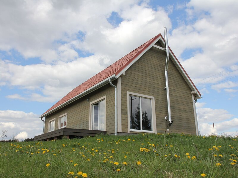 Dom Przy Cisowym Jarze, vacation rental in Szwalk