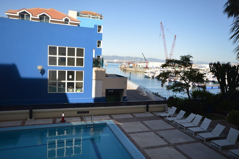 OCEAN APARTMENTS in Gibraltar, Ferienwohnung in Westside