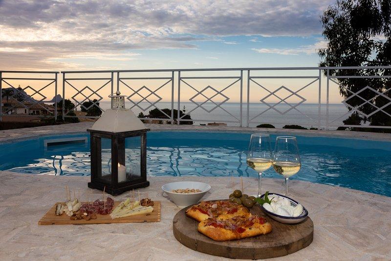 Villa al mare a 20 km da Palermo 'Villa Mediterraneo'  SPAGHETTATA DI BENVENUTO, alquiler vacacional en Sant'Onofrio