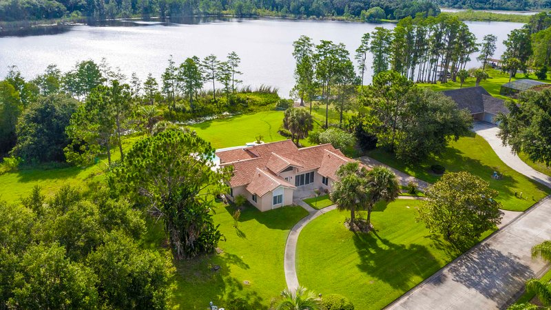 SWISS 101 - Lake Olsen, holiday rental in Webster
