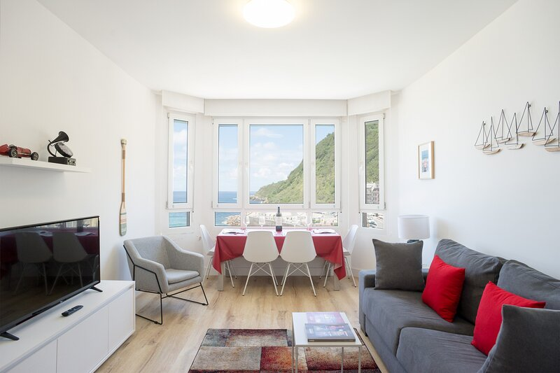 Mirador Zurriola, Iberorent Apartments, holiday rental in Pasajes