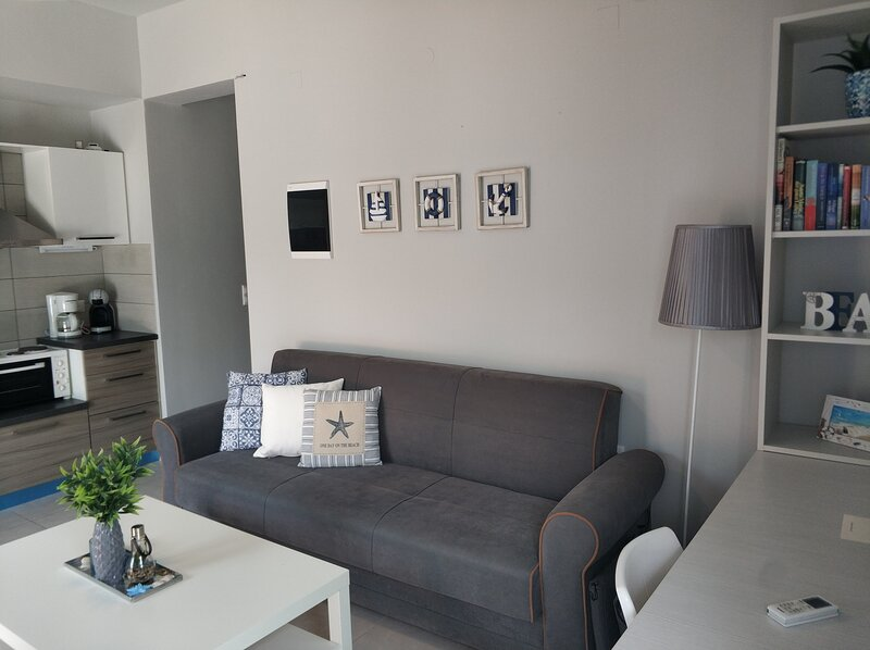 Housing Unit, Close To The Sea, location de vacances à Kato Gouves