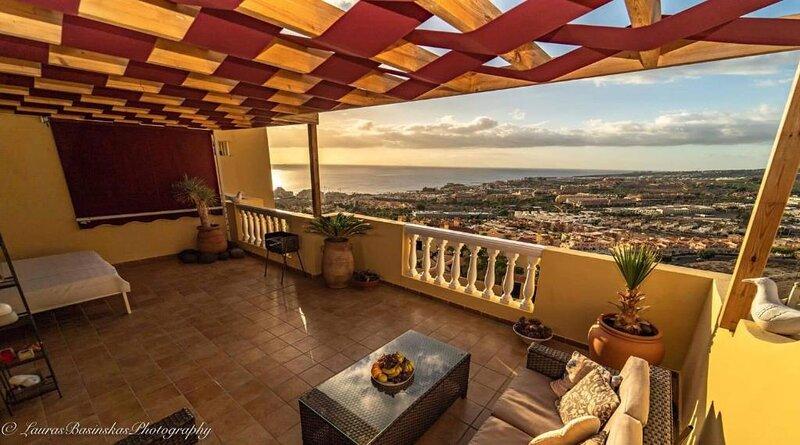 Maro Apartment, holiday rental in La Caleta