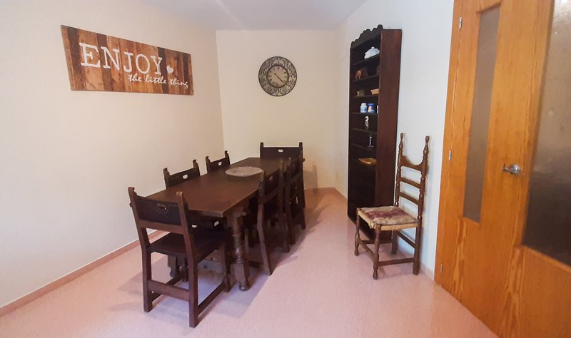 Apartamento en San Juan ideal para familias o grupos, aluguéis de temporada em Mutxamel