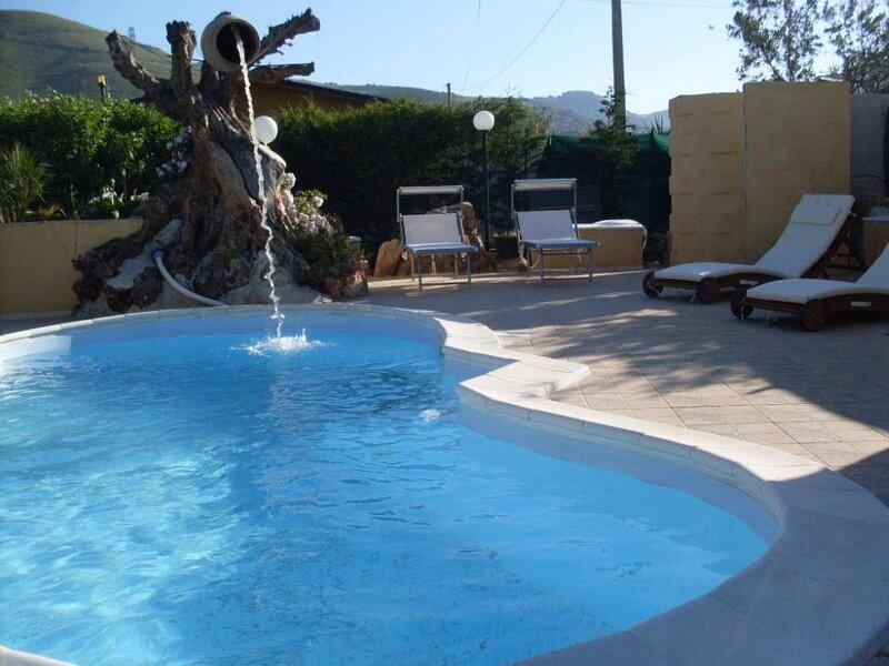 Villa Mare Blu, location de vacances à Case Di Girolamo