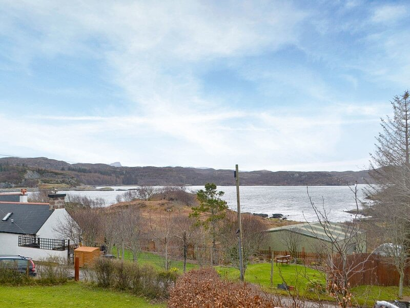 Assynt Chalet - UK30806, holiday rental in Stoer