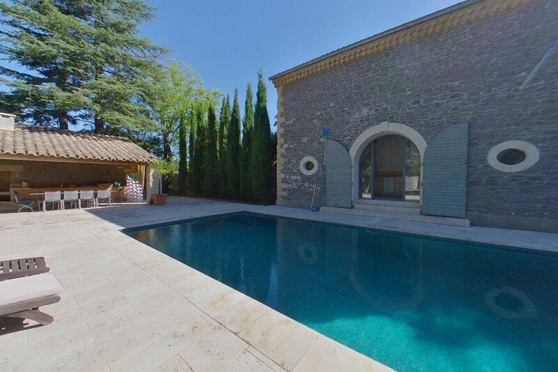 Baronnerie De Caux - Large Holiday home with Pool sleeps 14, location de vacances à Neffiès