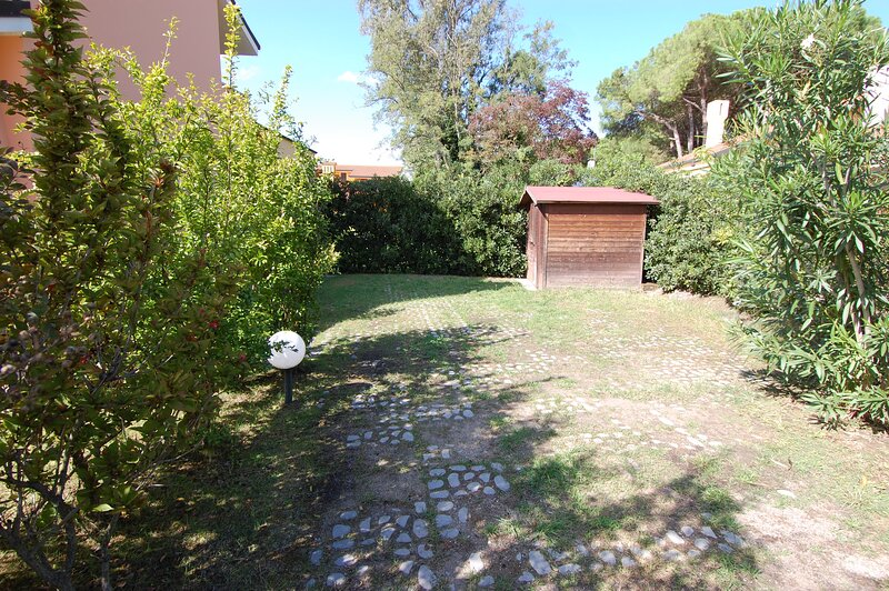 IVE0305 Villa Sole Due, vacation rental in Porto Levante