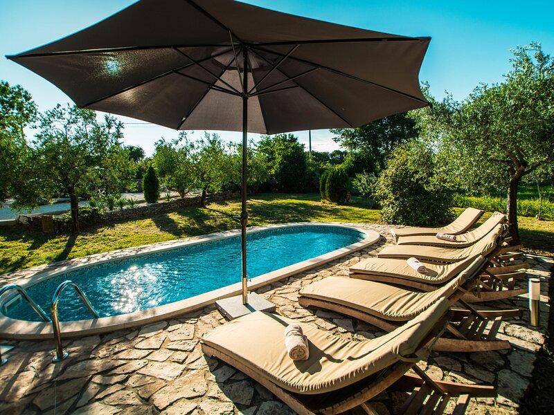Gea (RCA200), holiday rental in Pavicini
