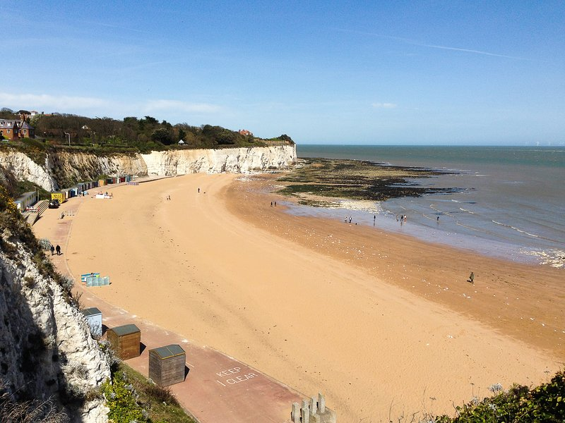 Seaview - Cheviot Court, holiday rental in Kingsgate