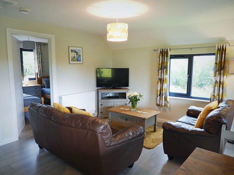 Foxglove Lodge - UK13448, vacation rental in Ashwater