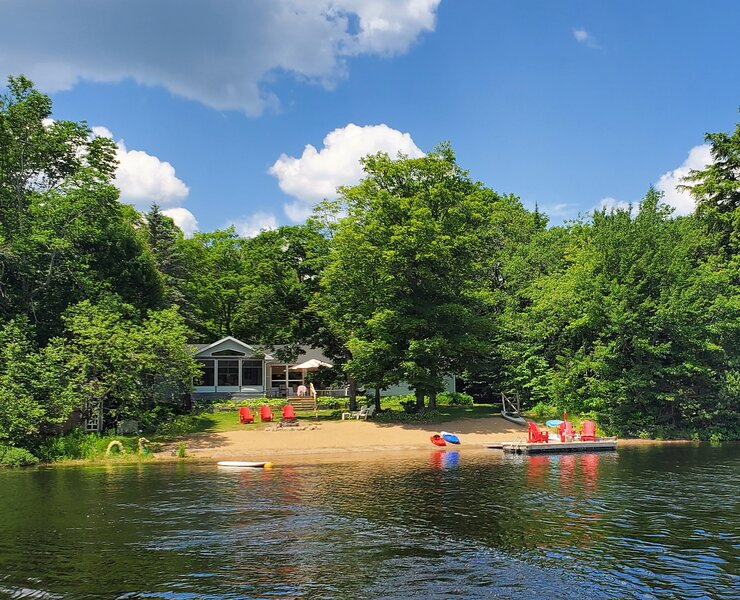 Oxtongue Lake Gem, holiday rental in Algonquin Provincial Park
