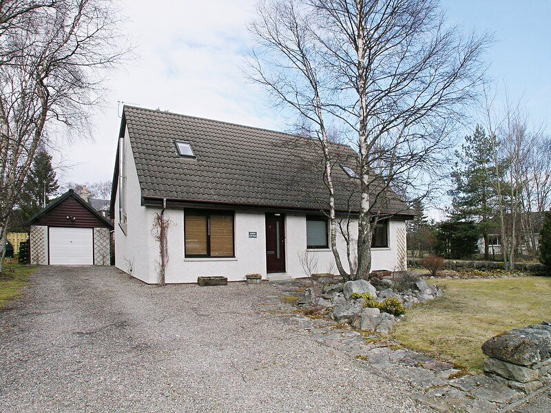 Rowan Cottage, holiday rental in Tomatin