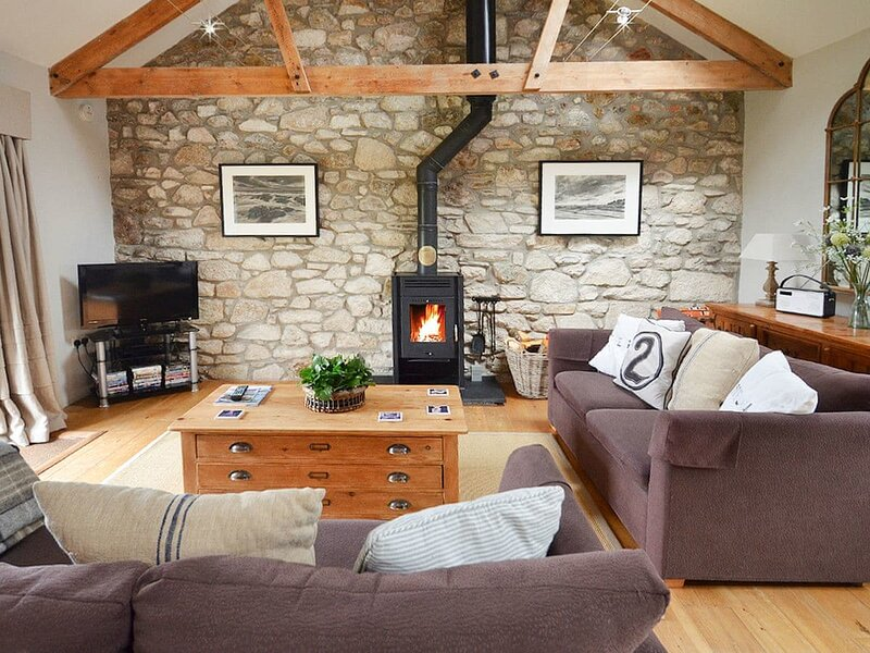 The Stable, holiday rental in Trenwheal