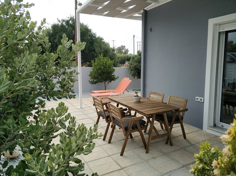 Manos Housing Unit (2), holiday rental in Epano Gouves
