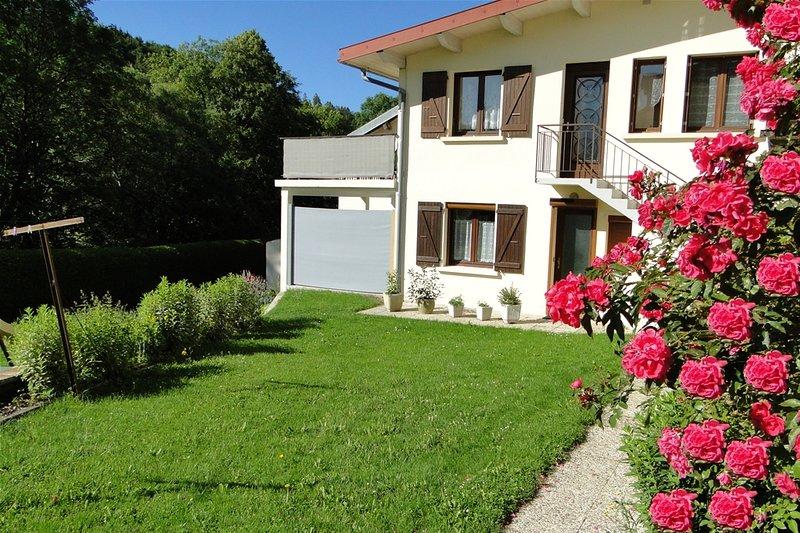 Gite n°1805 du Haut-Jura avec Spa et sauna, classé 2 épis aux Gîtes de France, holiday rental in Chaux-Neuve