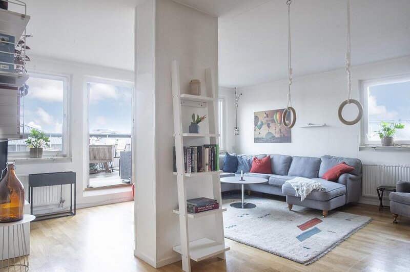 Very unique rooftop apartment with balcony, holiday rental in Soderholm