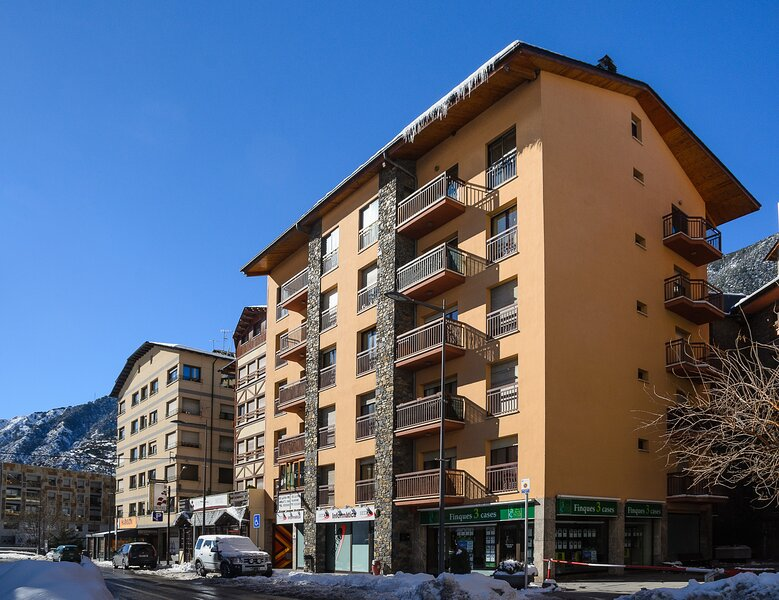 Apartaments Padern, holiday rental in Ordino