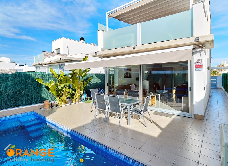 Orange Holiday Housing - Villamar 119, location de vacances à San Pedro del Pinatar