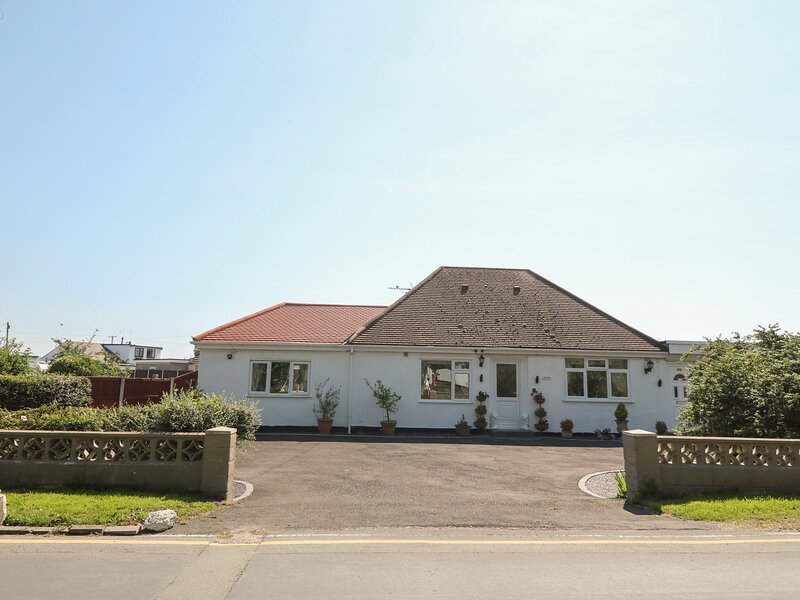 BEACHWAY, Talacre, vacation rental in West Kirby