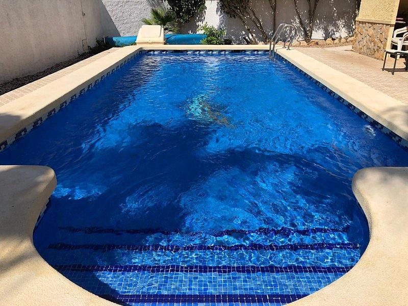 Villa Carmen, Gran Alacant, holiday rental in Gran Alacant