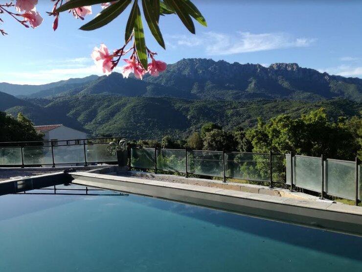 Beautiful villa with swimming-pool, holiday rental in Cuttoli-Corticchiato