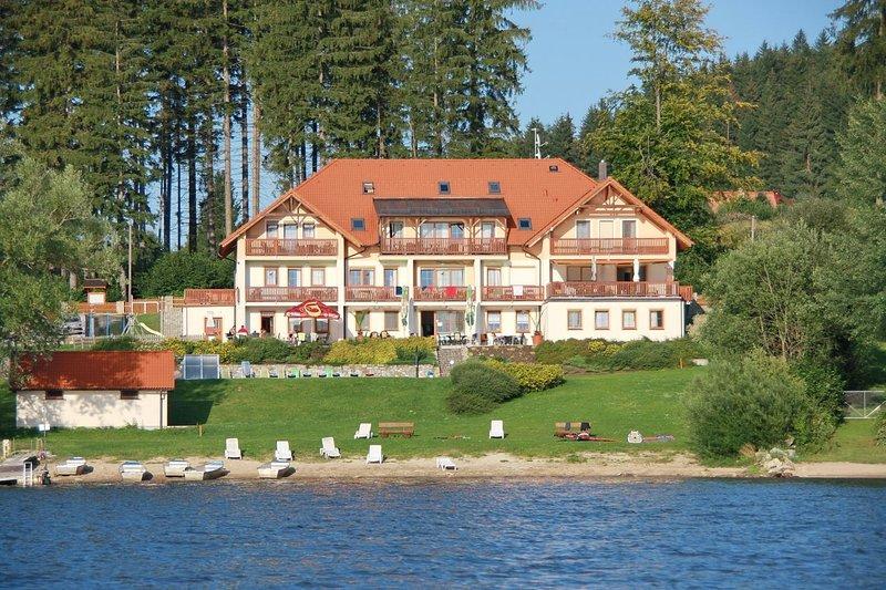 Ferienwohnung Apartman Vanessa direkt am Lipno Stausee, holiday rental in Cesky Krumlov