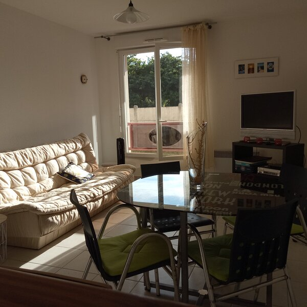 T2 Bassin d'Arcachon (4 pers. Max.) Centre-ville, Plage & Port, vacation rental in Claouey