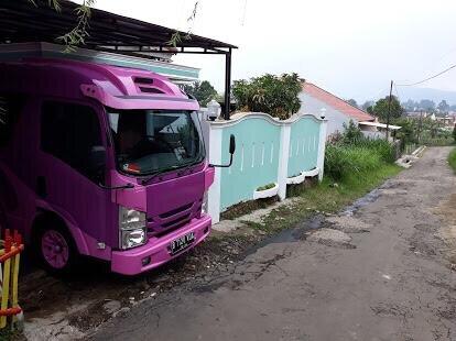 Villa keluarga 3 kamar 6 bed lembang, location de vacances à Cihanjuang Rahayu
