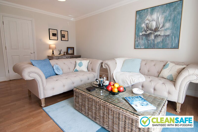 5 Lord Raglan House by Accommodation Windsor, holiday rental in Winkfield