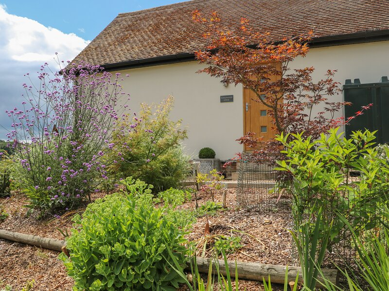 Roughwood, Poulner, holiday rental in South Gorley
