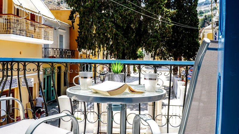 Ritzi Apartment, holiday rental in Symi