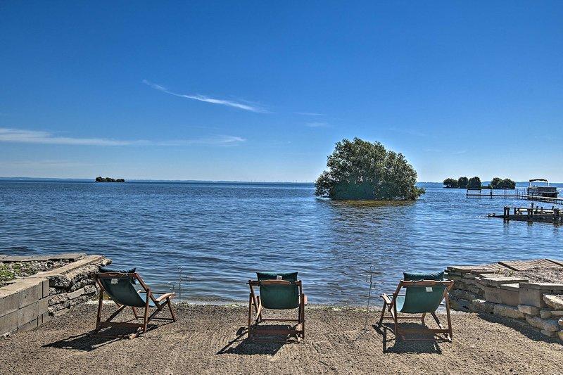 NEW! Lake Winnebago Getaway: Waterfront Family Fun, location de vacances à Chilton