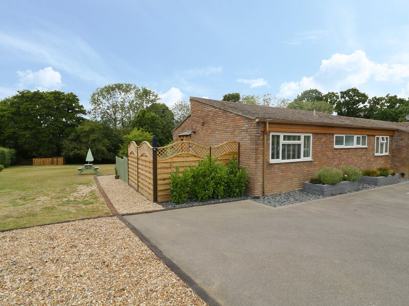 Woodpeckers, Alresford, Colchester, holiday rental in Ardleigh
