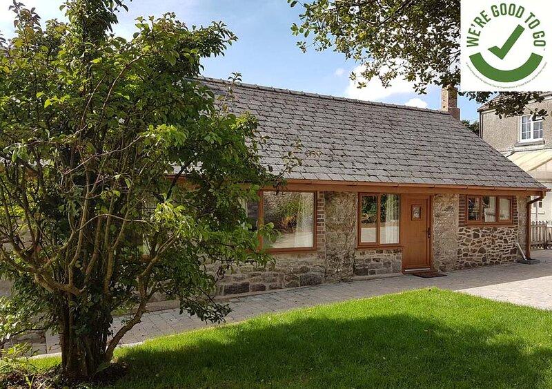 Dovecote Cottage, Cosheston, holiday rental in Pembroke Dock
