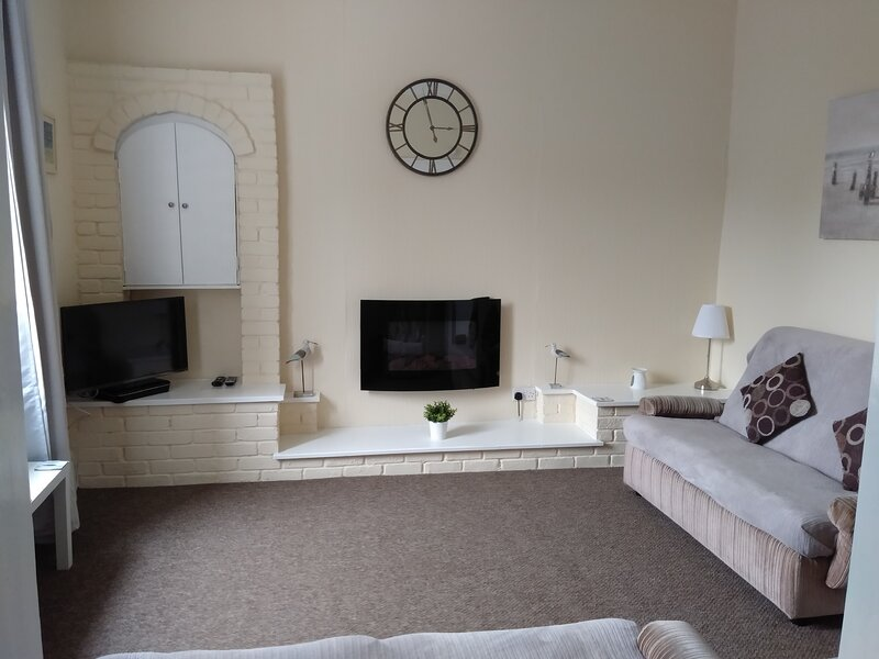 Millport Holiday Accommodation, holiday rental in Great Cumbrae