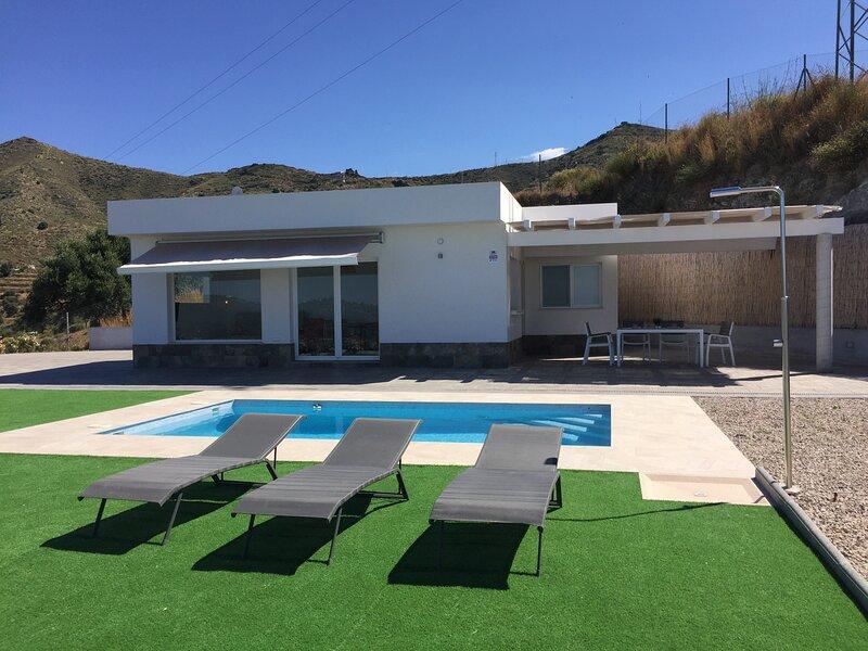 VILLA MEDITERRANEO, holiday rental in La Herradura