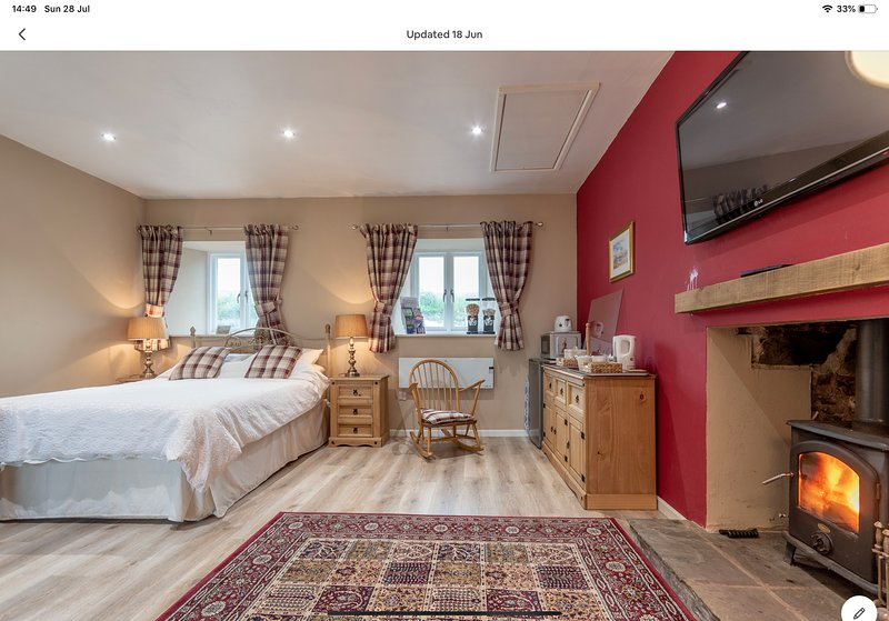 Stunning Annexe Room with Views, holiday rental in East Lothian