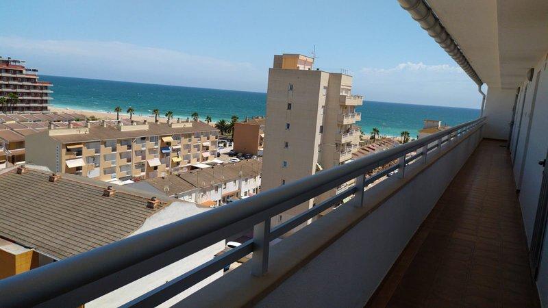 Vista desde entrada al apartamento en la escalera