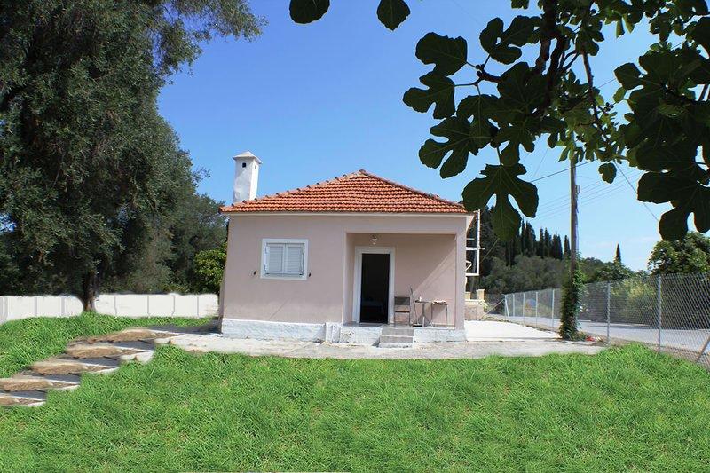 Good Karma apartment, holiday rental in Termenades