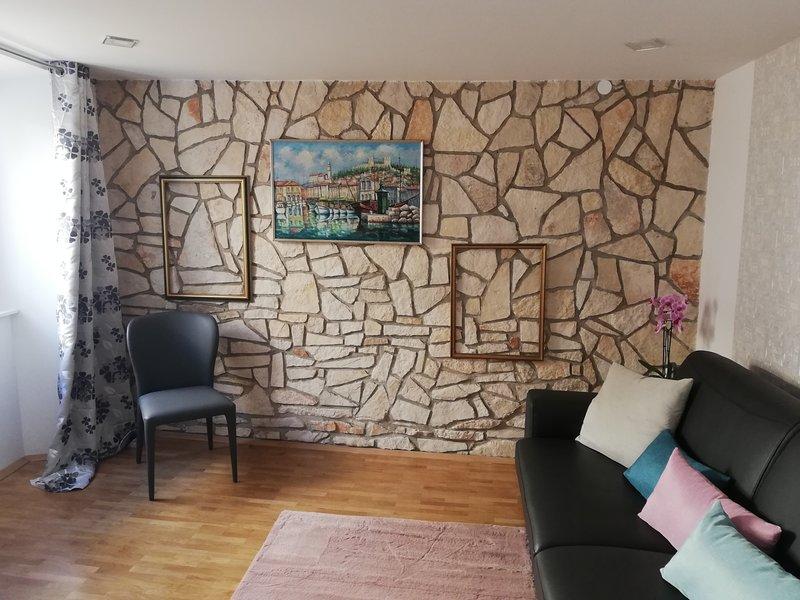 JMJ apartmaji Piran - Apartment Portoroz, holiday rental in Piran