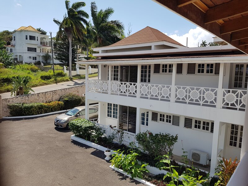 Jetaway   Montego Bay  (Entire Villa), location de vacances à Ironshore