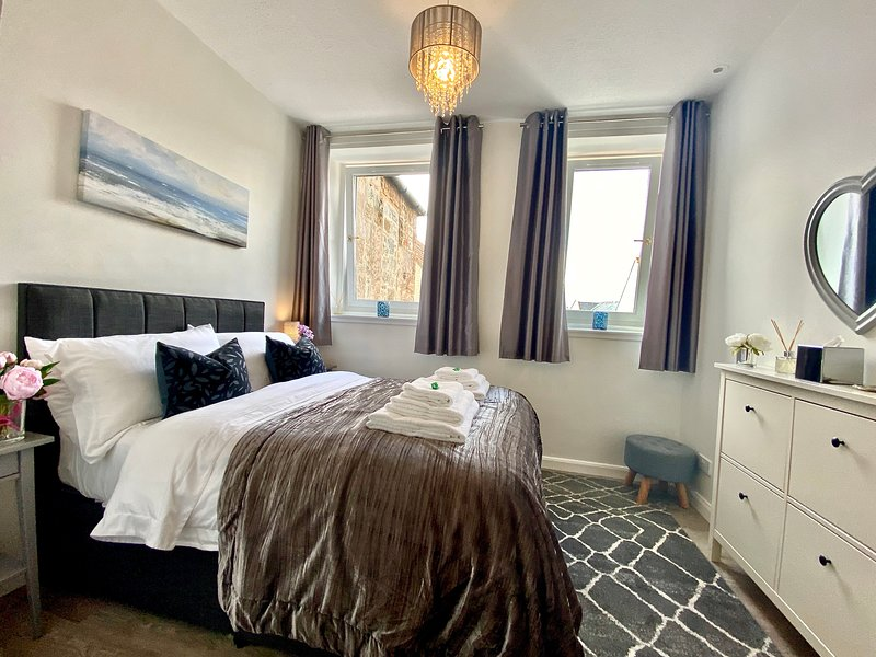 Central Apartment Linlithgow, vacation rental in Falkirk