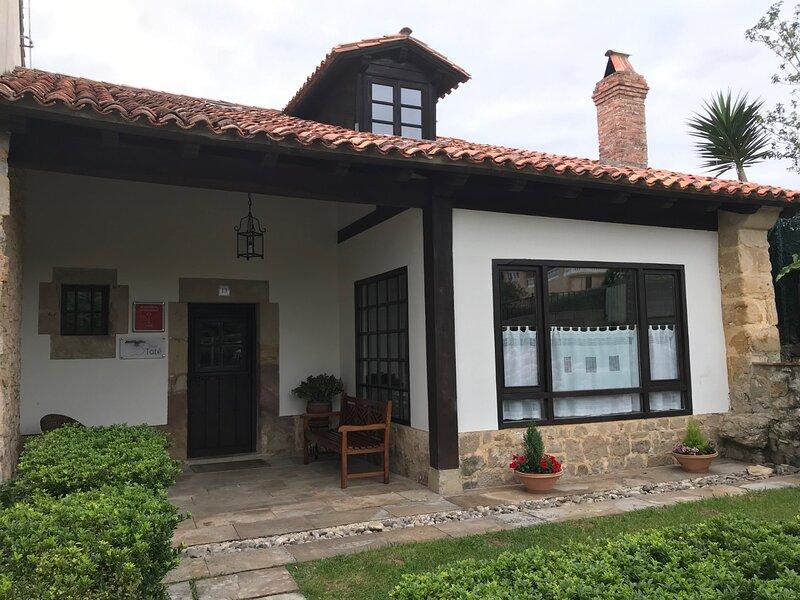 Casa Taté. Disfruta de un entorno natural y tranquilo en Trasvia, Comillas, location de vacances à Udias