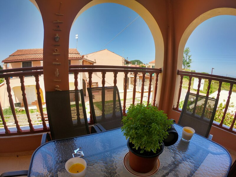Yanna's Apartments Galaxy 30, holiday rental in Avliotes