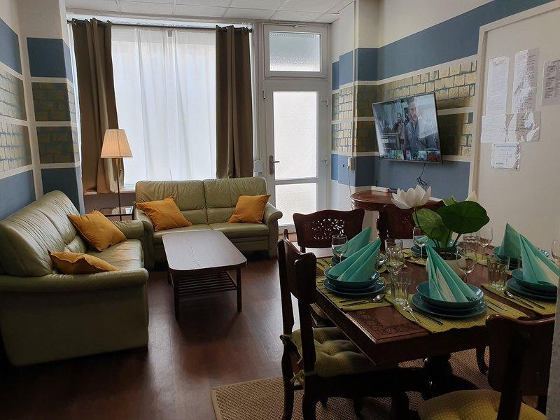 Big & Cosy Central Lichtenberg City Apartment, location de vacances à Markisch Buchholz